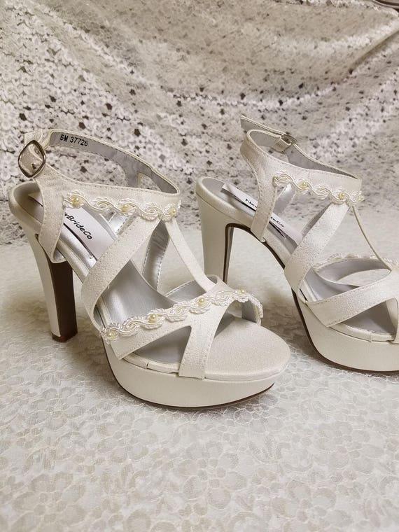 0672c368df2ef Wedding Shoes 4inch heels Ivory, Ivory Platform Heels with Pearls, Wedding  Shoes Ivory, Crepe Luxe High Heel Stilettos