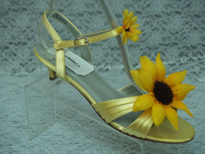 Size 7 READY to SHIP Sunflower Yellow Wedding Shoes  f90f1a2cabd6