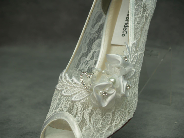 - chaussures de - mariage blanc de cendrillon moderne, voir mi - de talon escarpins dentelle main embelli de perles et de dentelle cristaux coeur pompe, ouvre les escarpins a842af