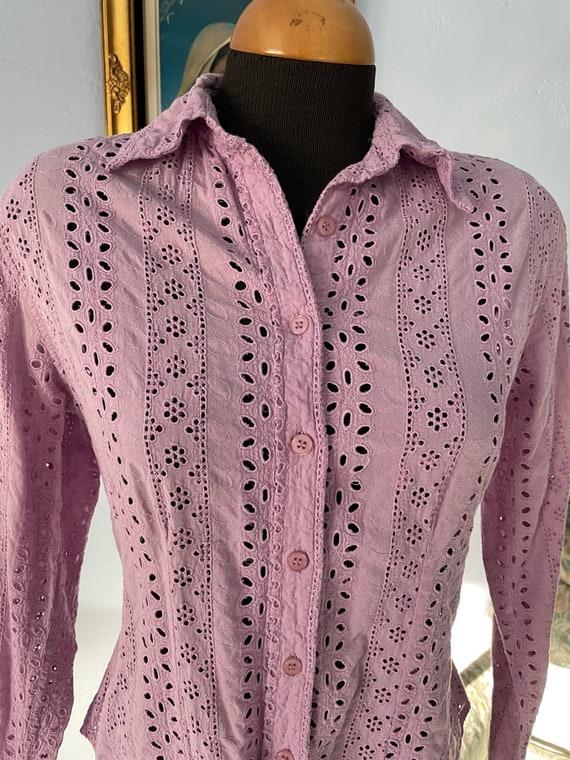 Lilac eyelet Vintage Blouse long sleeves US size … - image 2