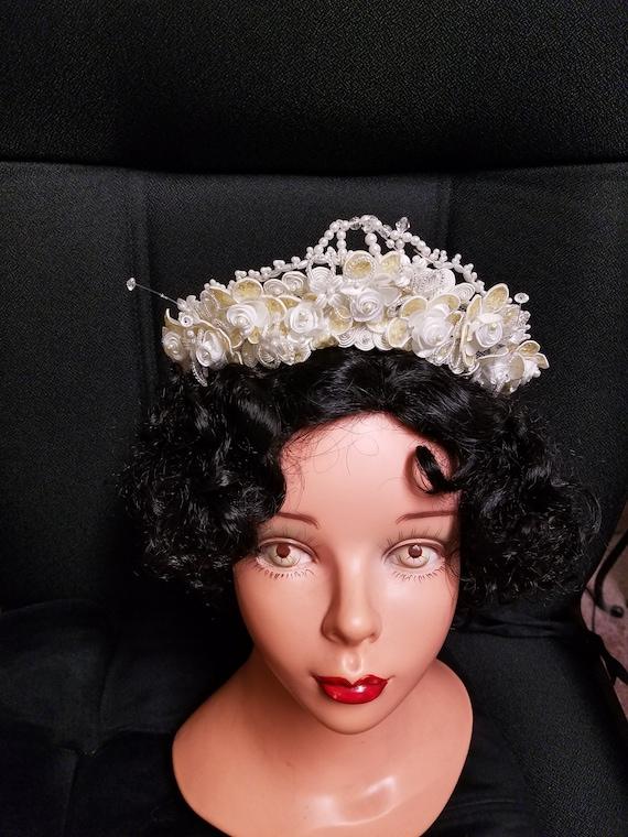 Vintage Wedding Crown Ivory,Queen, Ivory crown vin