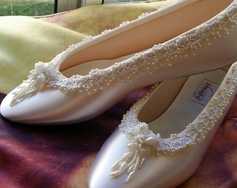 Size 9 Ballet Style Slippers OffWhite Satin w pearls flower,White Bridal Flats,Pearl Edging,White Flowers,Silver,Ready to Ship, Perls