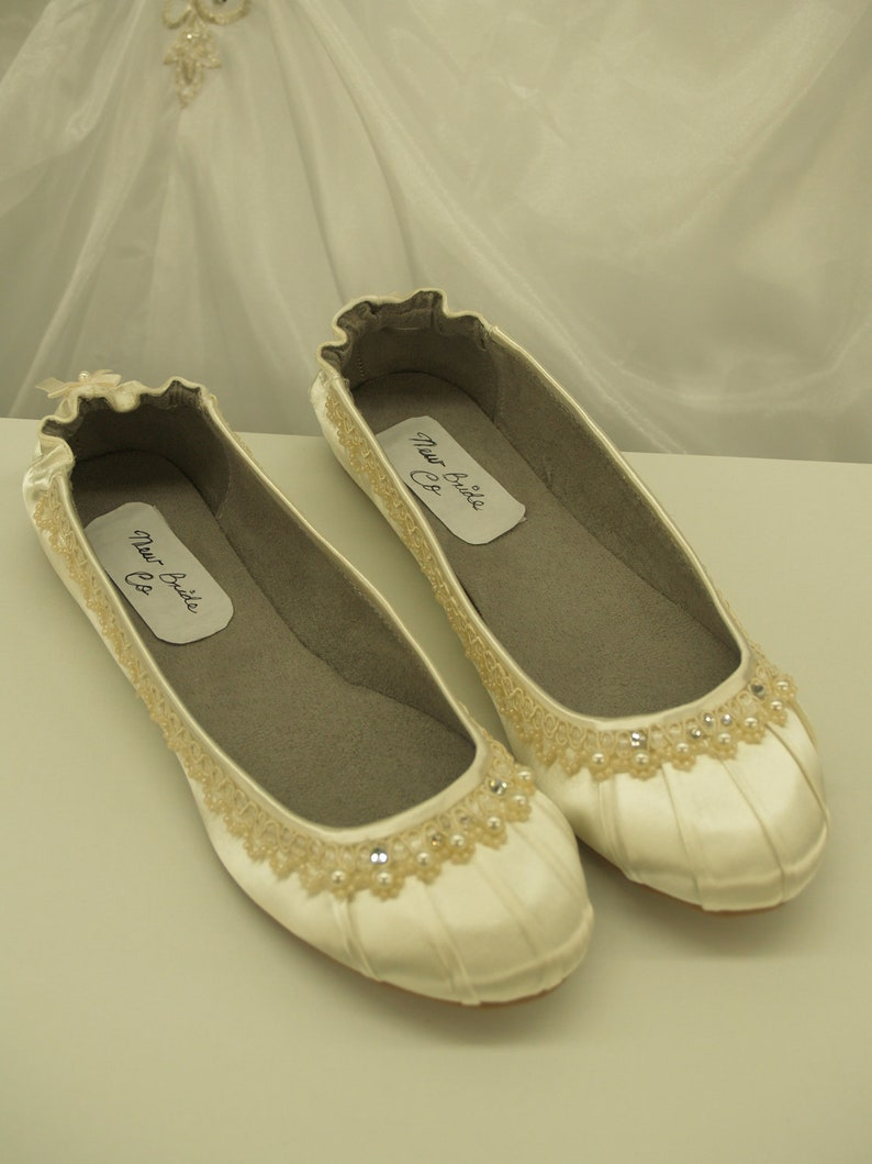 5f7cc667548 Brides Ivory Wedding Flats Fancy Shoes Wedding In Ivory