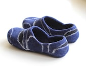 Felt wool slippers with rubber soles. Warm house shoes. Felt wool clogs.