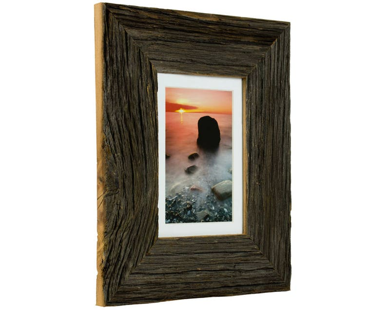 Craig Frames 111050701B19A 5x7 Inch Dark Reclaimed Barnwood Picture Frame with Single White Mat for Displaying a 4x6 Photo
