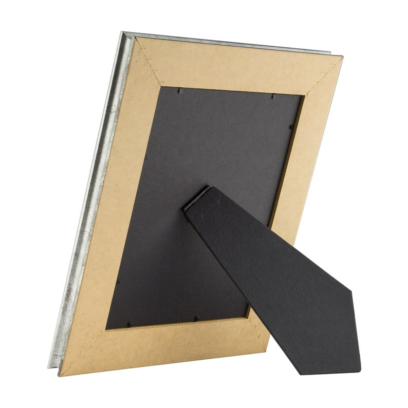 Mat with 5x7-Inch Single Opening 8x10 Inch Vintage Silver Standing Picture Frame 2 Wide 2123060810EASEL1 Craig Frames