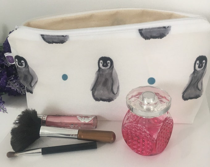 Penguin , baby penguin, makeup bag, cosmetics bag, for penguin lovers, pencil case, penguin gift