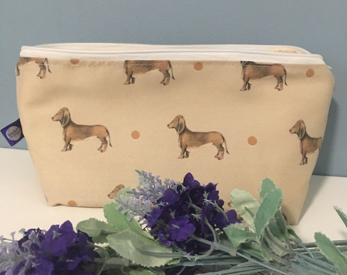 Sausage dog, makeup bag, cosmetics bag, for sausage dog lovers. Sausage dog gift, daschund gift