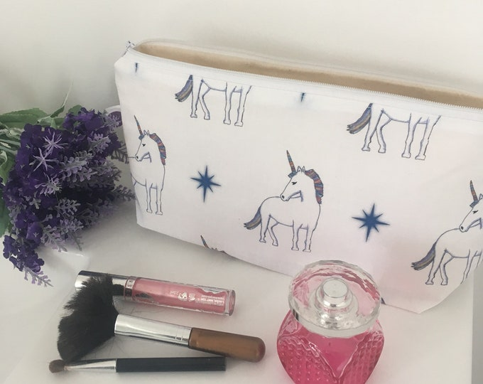Unicorn, makeup bag, cosmetics bag, unicorns, for unicorn lovers, for makeup lovers