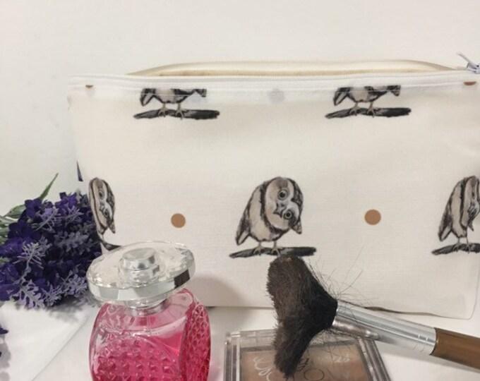 Owl makeup bag, cosmetics bag, for owl lovers , owl gift