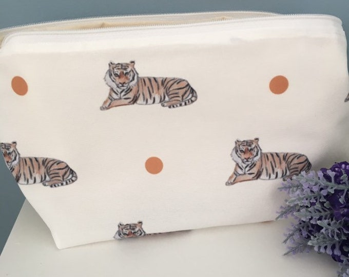 Tiger makeup bag, cosmetics bag, for tiger lovers, tiger gift