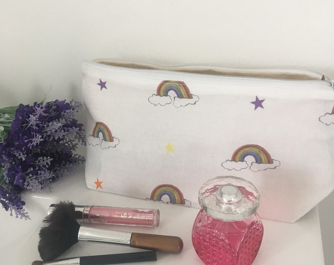Rainbow, rainbows, makeup bag, cosmetics bag, for rainbow lovers, makeup gift, rainbow gift