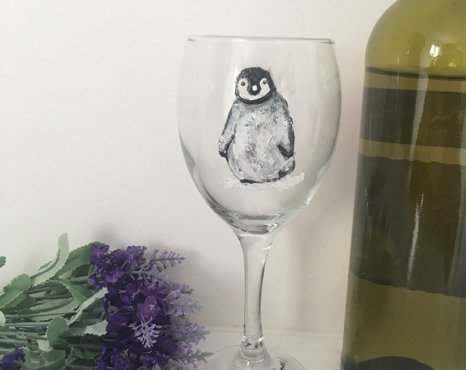 Penguin, baby penguin , wine glass, for penguin lovers, for wine drinkers, hand painted, gin glass, for gin lovers