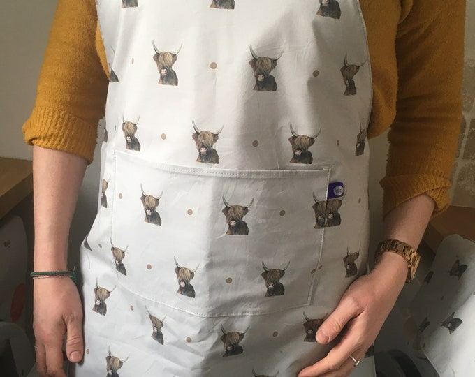 Highland cow, apron, pinny, for cow lovers, highland cow gift , hairy cow gift, for bakers