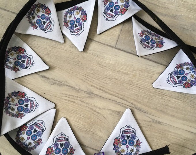 Sugar skull bunting, skull bunting, for sugar skull lovers, halloween bunting, day of the dead gift, skull gift