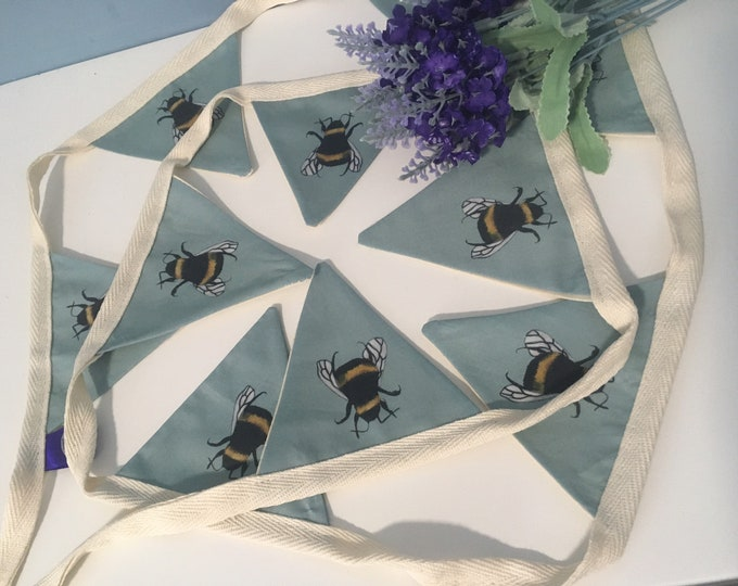 Bee, bumble bee, bunting, garland, for bee lovers, bee gift, bee decor