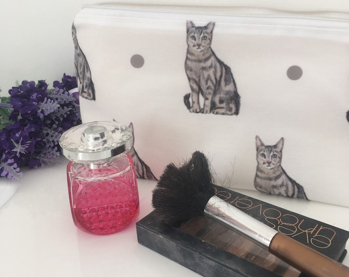 Cat, pussy cat, makeup bag, cosmetics bag, for cat owners, for cat lovers, pencil case, cats, cat gift