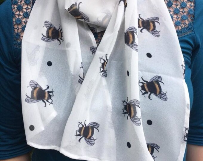 Bee,bumble bee, scarf, chiffon scarf, for bee lovers, bee gift, bumble bee gift