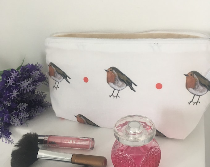 Robin, makeup bag, cosmetics bag, for robin lovers, for bird lovers, robin gift