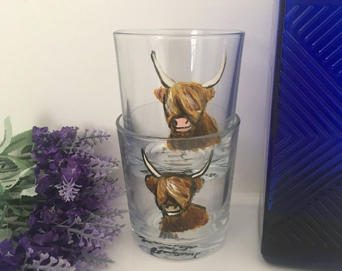 Highland cow, whiskey glass, tumbler glass, hand painted, for whiskey drinkers, for highland cow lovers, set of two,highland cow gift