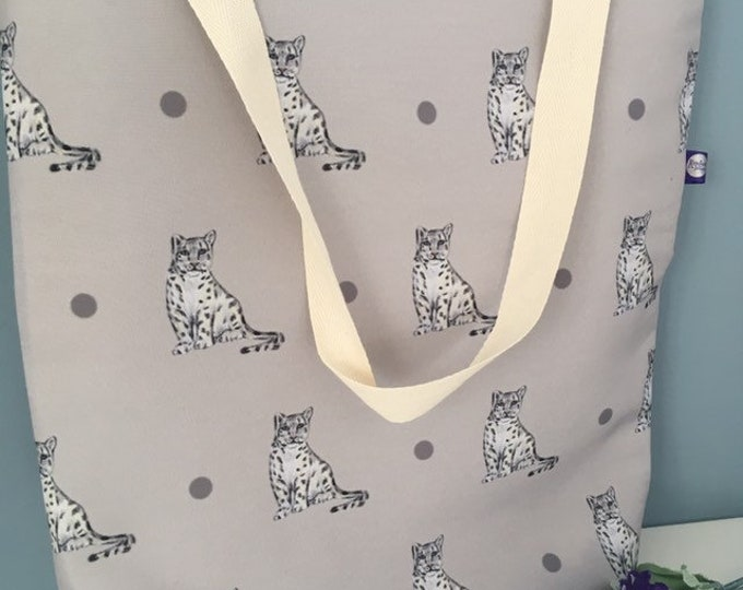 Snow leopard tote bag, large tote bag, for snow leopard lovers, snow leopard gift