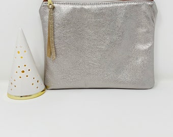 Leather Pouch with Zipper, Silver Stardust, Leather Pouches, Medium