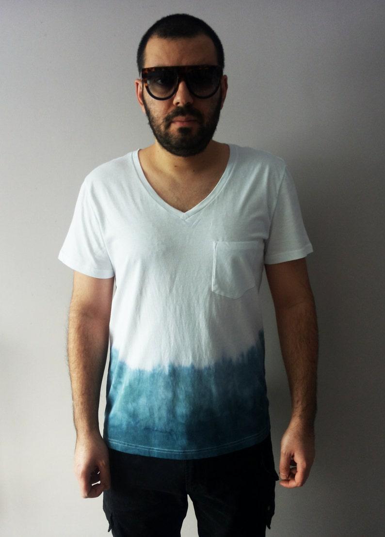 03bff92c73e Mens Ombre Blue T-shirt Medium Tie Dye Indigo Top One Of A