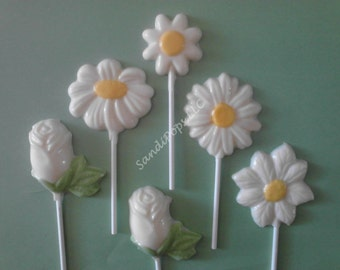 24 Simply white Chocolate Daisy lollipops- mixture of daisy, roses, flowers