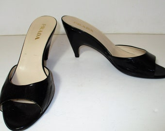 3975b914593a Prada Vintage 90s Black Patent Leather Mules Shoes Size 37 Women Black  Leather Prada 90s Sculpted Wedge Heels
