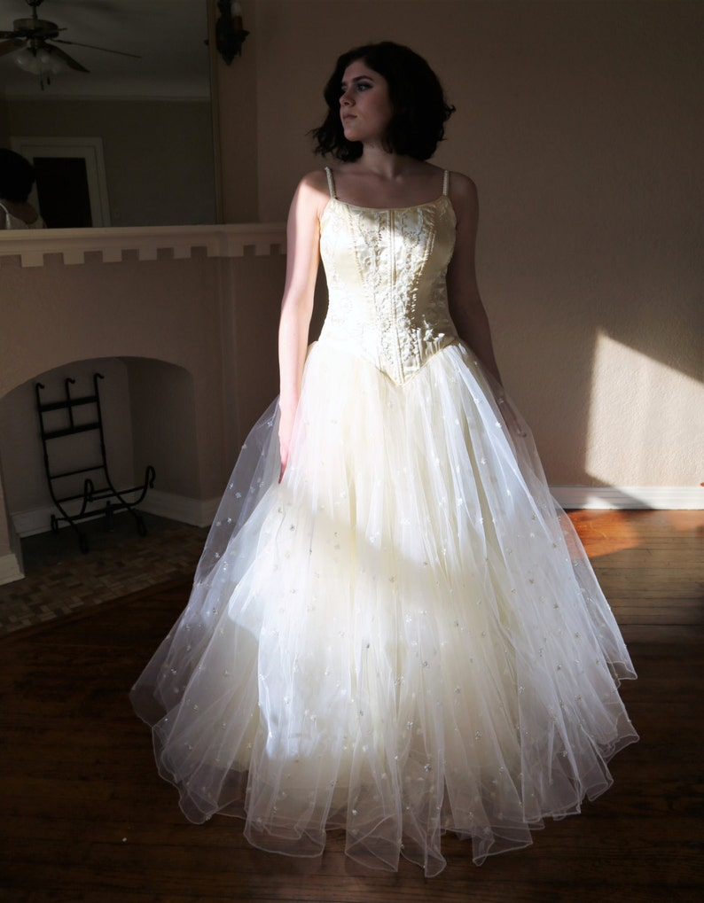 Vintage 1950s Fit And Flare Ball Gown Ivory Bridal Dress Etsy