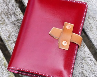 Leather passport / document case