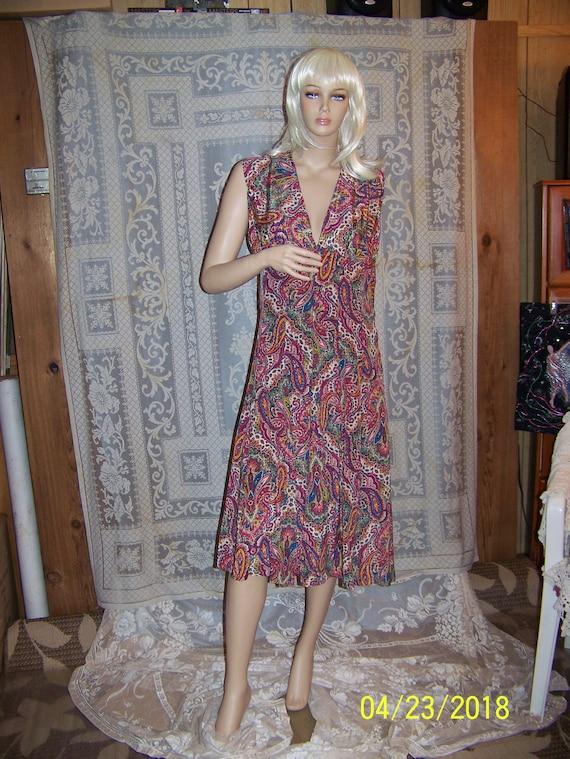 Vintage silk paisley dress and bolero shell from … - image 10