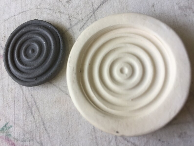 Bullseye Sprig Mold for Ceramic Decoration and Texture