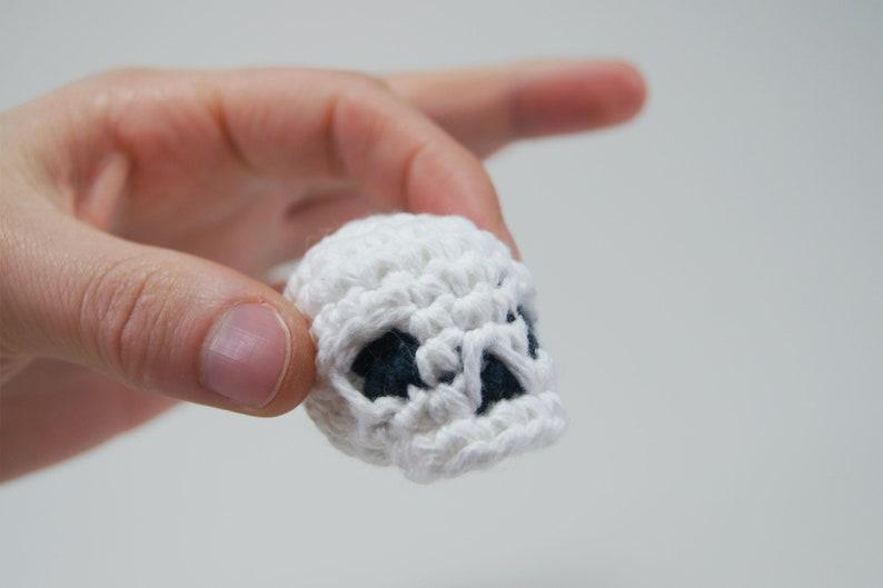 Skull Crocheted Amigurumi Keychain image 0