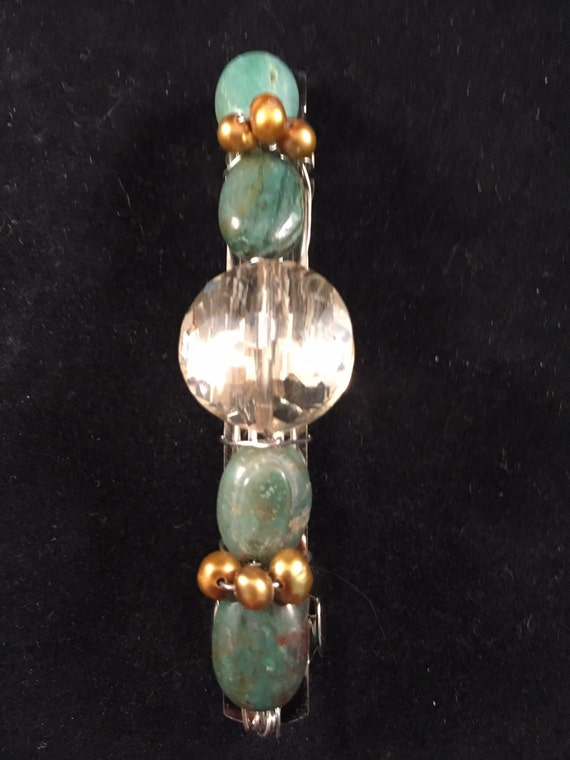 Green and pearl beaded barrette