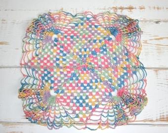 Crochet doilies, Vintage Linens, Tatted Rainbow Crochet Lace Doilie Set, Doily, Antique Table Linens, Shabby Cottage Decor