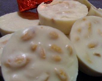 White or Milk Chocolate Peanut Clusters