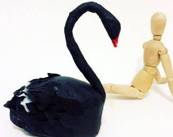 Black Swan Deluxe Surprise Ball