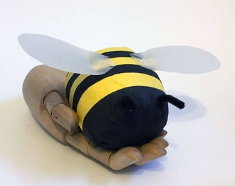 Bumble Bee - Surprise Ball