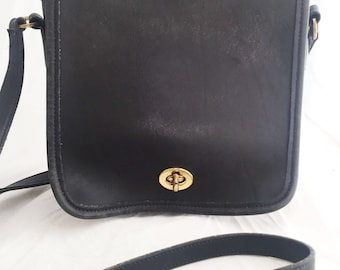 ef6df37540f8 COACH - Dark Navy Blue Leather Legacy Companion Flap  9076
