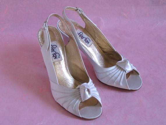 Vintage Peter Fox Wedding Shoes, Size 9 1/2, White