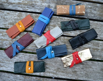 Leather flash drive / USB case holder - Hand stitched