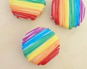 Rainbow Chocolate Drizzle Oreos (12)