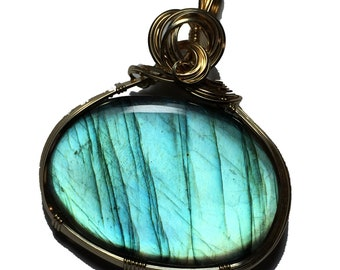 LABRADORITE, LABRADORITE PENDANT, Blue, Labradorite necklace, 14K Gold Fill, Wire Wrapped, Jewelry, 3145G2-2
