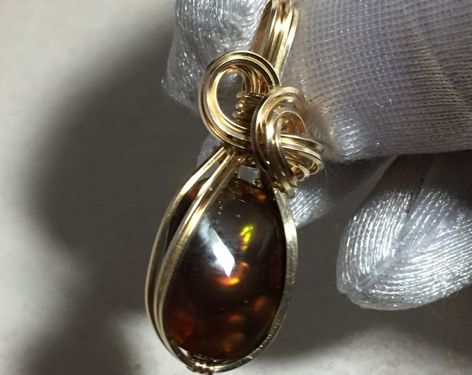 Mexican Fire Agate Pendant, Orange Green Flash, 14K Gold Filled wire wrap 1612g28