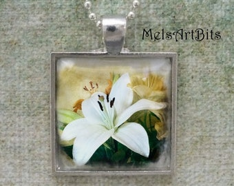White Lily Flower Feminine Romantic  Photo Pendant Necklace White Floral, Nature Botanical Flower Photo Pendant Charm Necklace Gifts for Her