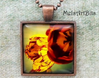 Tulips Boho Chic  Pendant Necklace, Yellow Red Flowers Tulips, Floral Flower Tulip Photo Pendant Necklace Jewelry