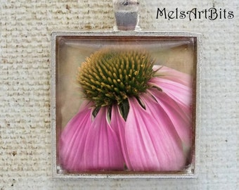 Shabby Chic Faded Purple Pink Flower Pendant, Coneflower, Cone Flower, Garden Flowers Botanical Nature Woodland Photo Pendant Necklace