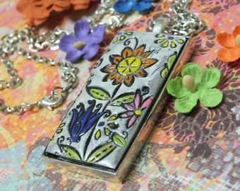 Boho Hippie Flowers Pendant Necklace Polymer Clay