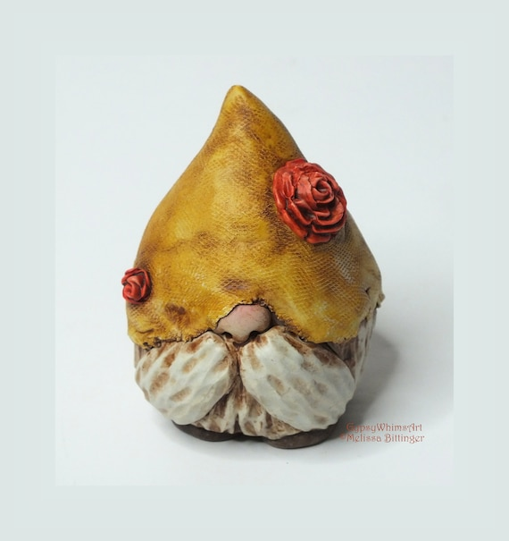 Gnome Sculpture Rose Bloom Hat